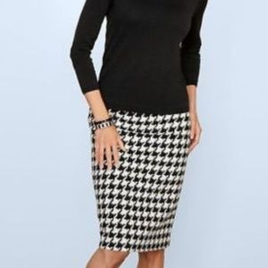 Talbots black/snowy white houndstooth pencil skirt